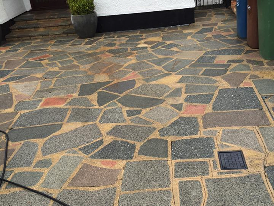 Crazy paving cleaning specialists